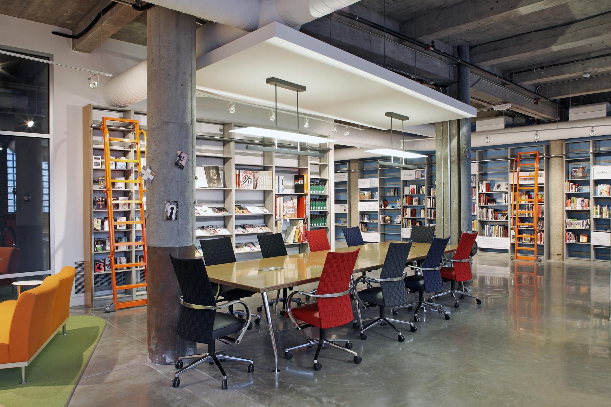 kaneko-uno-library